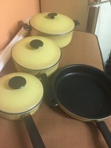 Pots w/lids and pan in Oswego, Illinois