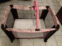 *REDUCED* Portable baby crib (Playpen) in Ramstein, Germany