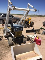 craftman 12 yard tractor with front end loader in Alamogordo, New Mexico