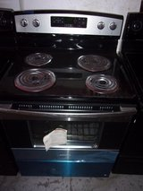 Amana New Black and Chrome Electric Stove in Fort Riley, Kansas