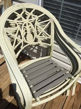 patio table and 4 chairs in Camp Lejeune, North Carolina