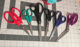 6 pairs assorted scissors in 29 Palms, California
