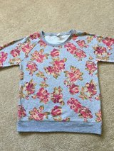 Old Navy Girl  Shirt SZ 14 in Glendale Heights, Illinois