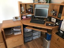 Corner Desk w/ matching Printer Stand in Ramstein, Germany