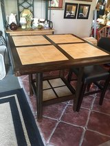 Tile top table 40x40 3ft tall in Conroe, Texas