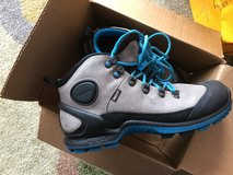 Hiking Boots Size 10 in Ramstein, Germany