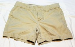 Tommy Hilifiger Women's sz 4 Shorts Khaki Chinos Summer Spring in Kingwood, Texas