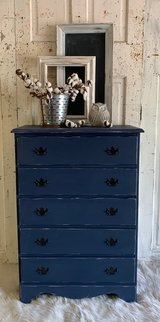 5 Drawer Chest in Kingwood, Texas