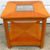 Maple Wood End / Side Table in Chicago, Illinois