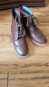 Tommy Hilfiger Boys Brown Casual Boots Sz.5 in Kingwood, Texas