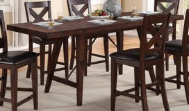 Classic Table and Chair Set w/ X-Back Chairs Set 5Pcs REDUCED in Fort Bragg, North Carolina