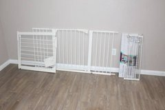 Baby Gate with 2 extra Extensions in Tomball, Texas