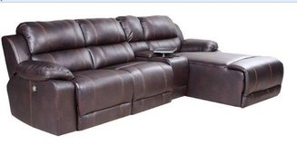 United Furniture - Johnny II Sectional - Left Seat Reclines - Chaise Reclines .- with delivery. in Shape, Belgium