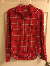 Hollister Red Flannel Shirt, Sz S in Fort Campbell, Kentucky