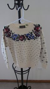 Women's Sweater in Plainfield, Illinois