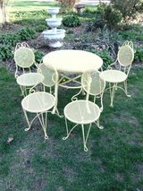 6 Piece Ice Cream Parlor Table Chair Set in Yorkville, Illinois