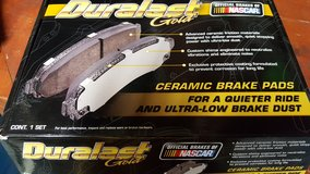 FRONT BRAKE PADS 2004 GMC Envoy in Chicago, Illinois