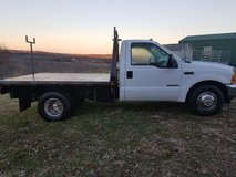 01 Ford f350 powerstoke in Fort Leonard Wood, Missouri