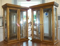 2 Curio Cabinets in Glendale Heights, Illinois