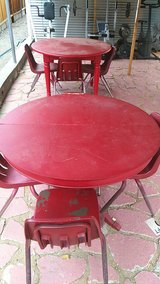 2 table and chairs in 29 Palms, California