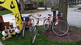 Bikes - Men and Women in Bolingbrook, Illinois