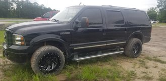 2004 Ford Excursion 4wd Diesel Loaded in Fort Polk, Louisiana