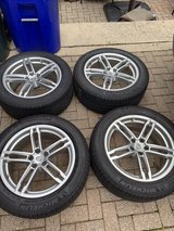 Genuine Porsche Macan Wheels and Tires in Westmont, Illinois