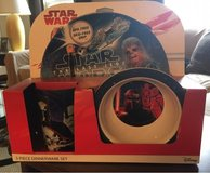 Star Wars Dinnerware Set in St. Charles, Illinois