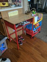 Kids desk in Chicago, Illinois