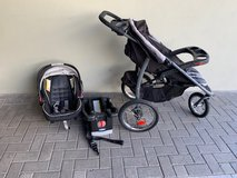 GRACO FastAction Fold Jogger Click Connect Stroller w/ Car Seat and Base in Wiesbaden, GE