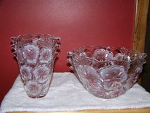 Studio Nova Pink Pansy Bouquet Lead Crystal Glass Bowl & Vase in Shorewood, Illinois