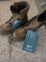 danner military expedition boots in 29 Palms, California