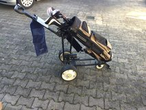 Lavia Electric Golf Caddy in Ramstein, Germany