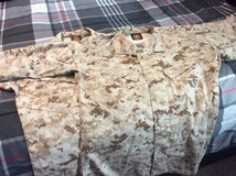 New Small Regular Desert Blouse X 2 in bookoo, US
