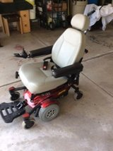 Jazzy Select 6 Electric Wheelchair (new battery included) in Joliet, Illinois