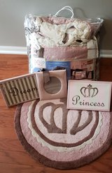 baby girl bedding set in Naperville, Illinois
