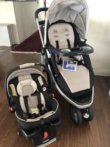 Graco car seat and stroller set in Okinawa, Japan