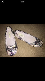 Women's size 8 Vera Wang ballet flat shoes in Bolingbrook, Illinois