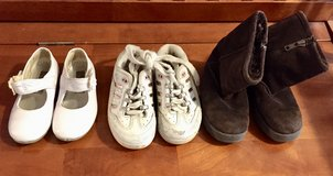 Girls Dress Shoes, Gym Shoes, & Boots (8) in Glendale Heights, Illinois