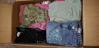 Girl sz 10 clothes in Fort Campbell, Kentucky