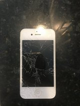 i phone 5s 16gb - shattered screen in Westmont, Illinois