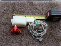 LITTLE HAND HELD ELECTRIC MASSAGER in Bartlett, Illinois