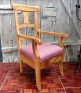 Solid Cherrywood Throne Oversized Chair in Ramstein, Germany
