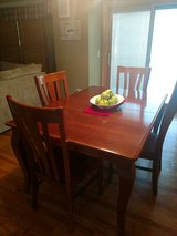 kitchen table (6) chairs in Bolingbrook, Illinois