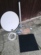 Complete Dish antenna sets. in Wiesbaden, GE