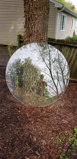 Round glass table top in Bolingbrook, Illinois