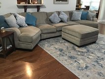 Livingroom couches (3 pieces) with matching ottoman(w/storage) in Hopkinsville, Kentucky