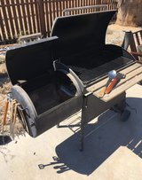 Grill with Smoker in 29 Palms, California