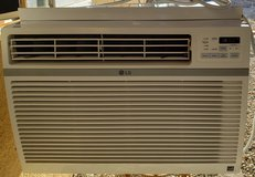 VERY GOOD AC/Air Conditioner 15,000 BTU 110/120volt in 29 Palms, California