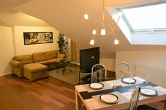 TLA 2 BR Apt, 5min from RAB, pet friendly, Air-Con in Ramstein, Germany